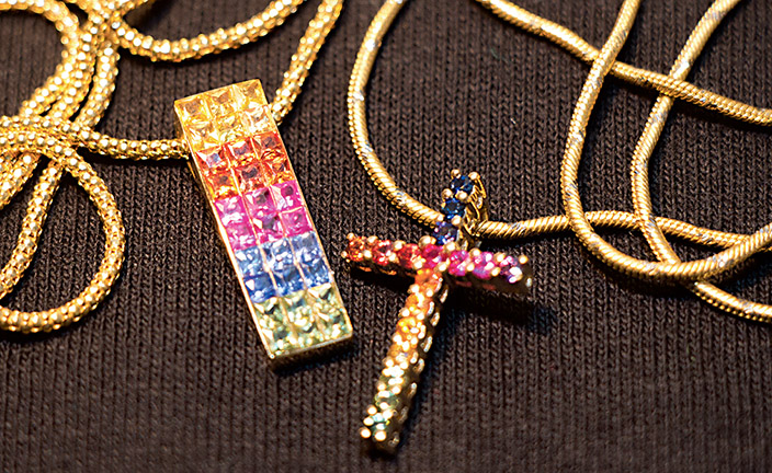 Pendant and Cross from Holland Jewelers to be Auctioned at Sundance