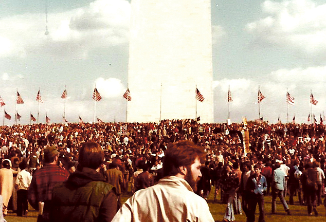 Howard Menaker and the Crowd on the Mall at the 1979 National March
