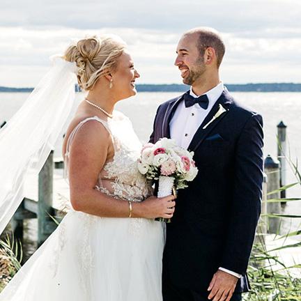 Taylor Ann (Crawford) and Matt Weidenbach