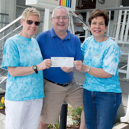 Diving for Life Donates to CAMP Rehoboth