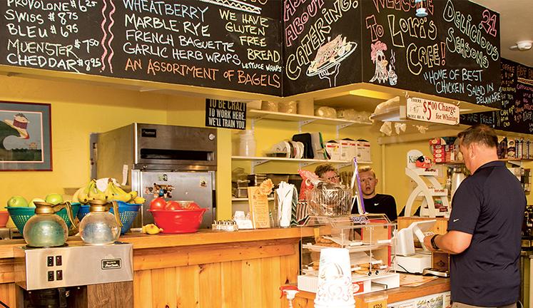 Lori's Café
